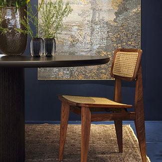 Claude Cartier décoration et architecte d'intérieur à Lyon. Chaise C Chair Gubi