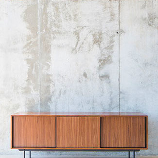 Collection de meubles de rangement NOGUIER de la marque VERSANT EDITIONS à découvrir chez Claude Cartier Décoration Lyon